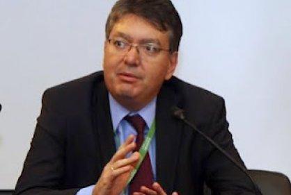MinHacienda evalúa proposiciones y modificaciones en Reforma Tributaria