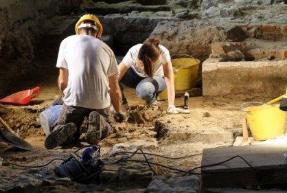 Arqueólogos en Italia creen haber encontrado los restos de la Mona Lisa