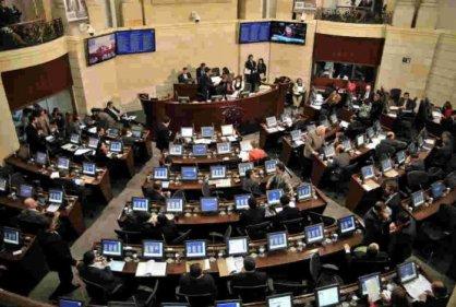 Dos días más de sesiones extras en el Congreso para Reforma Tributaria